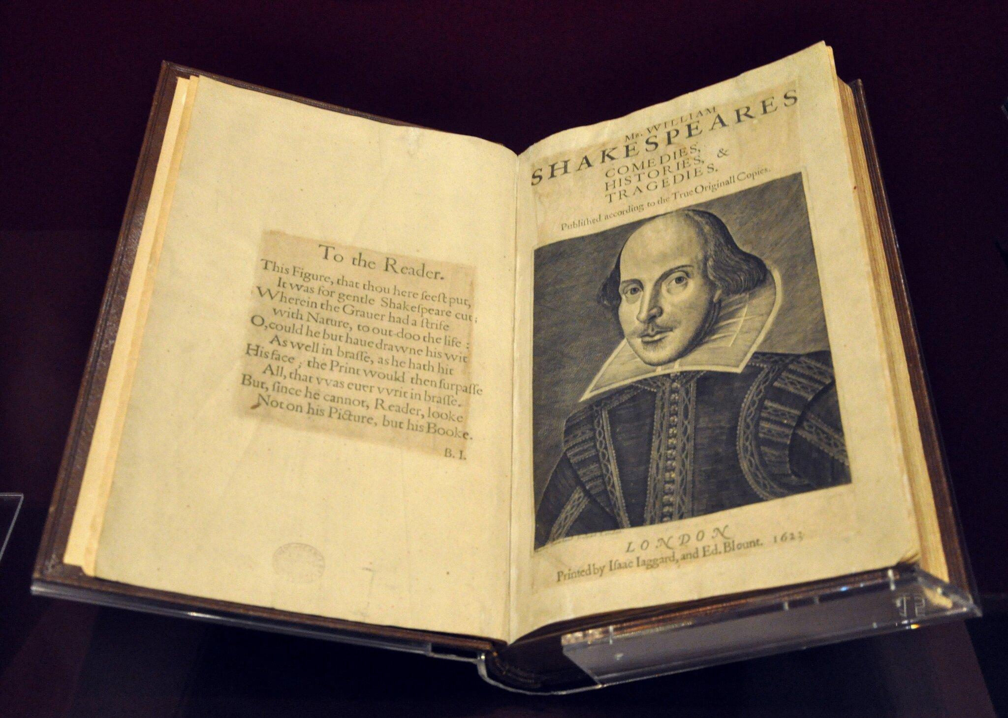 pierwsze folio