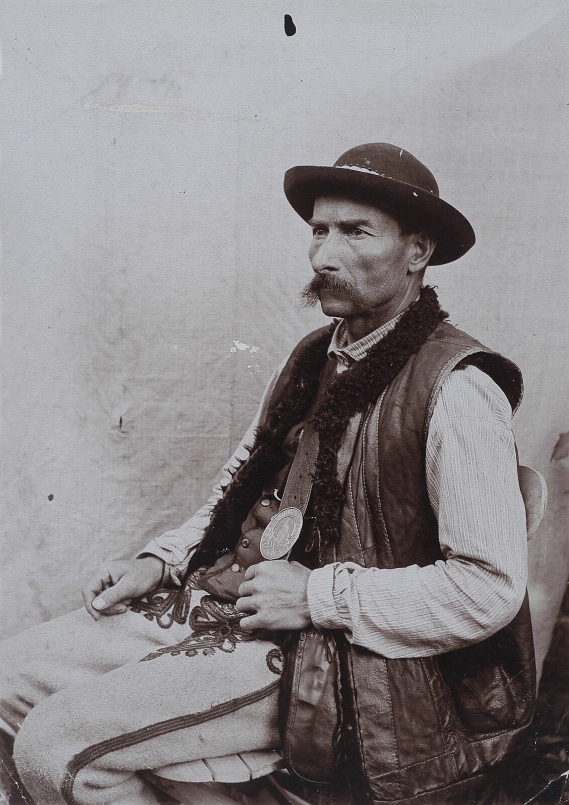Klimek Bachleda wstroju góralskim, ok. 1900 Klimek Bachleda wstroju góralskim, ok. 1900 Źródło: domena publiczna.