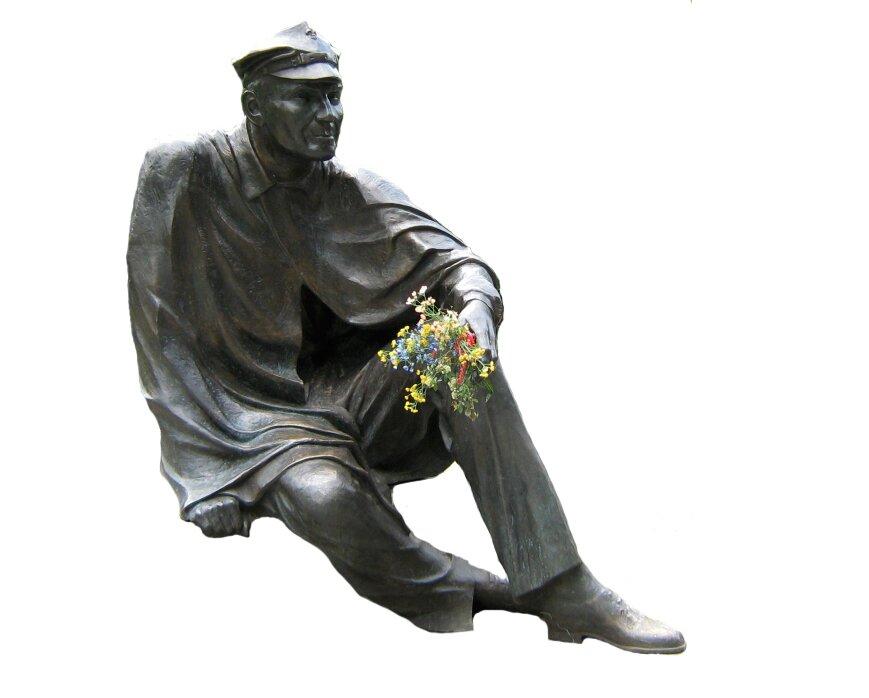 Pomnik Aleksandra Kamińskiego wparku Staromiejskim (Łódź) Pomnik Aleksandra Kamińskiego wparku Staromiejskim (Łódź) Źródło: Arewicz, licencja: CC BY-SA 3.0.