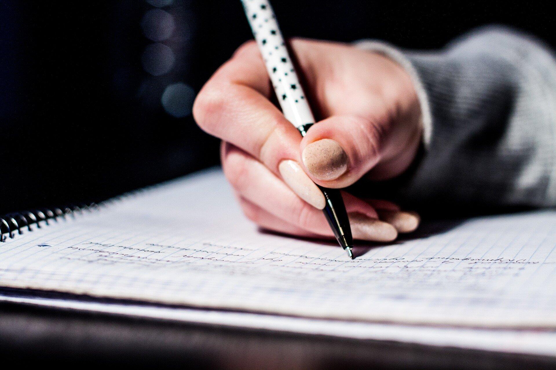 Okładka - kto pisze dziennik Źródło: pixabay, licencja: CC 0.