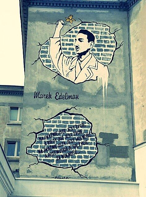 Mural upamiętniający postaćMarka Edelmana wWarszawie Mural upamiętniający postaćMarka Edelmana wWarszawie Źródło: Spacejam2, licencja: CC BY 3.0.