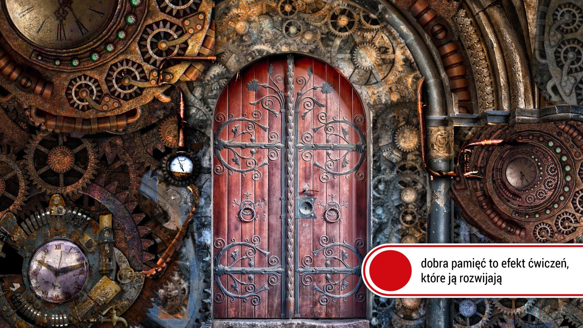 Ilustracja przedstawia dwuskrzydłową bramę oczerwonobrązowym odcieniu wraz zozdobnym czarnym okuciem. Dokoła bramy znajdują się zegary ielementy mechanizmów zegarów różnych wielkości iwróżnych kolorach. Od lewej strony grafiki znajduje się zegar zbiałą tarczą imałymi czarnymi wskazówkami, głębiej przy lewym skrzydle bramy znajduje się mały zegar również zbiałą tarczą, anad nimi duży zegar zbrązową tarczą. Wprawym dolnym rogu na białym tle zczerwonym kołem widnieje napis: dobra pamięć to efekt ćwiczeń, które ją rozwijają.
