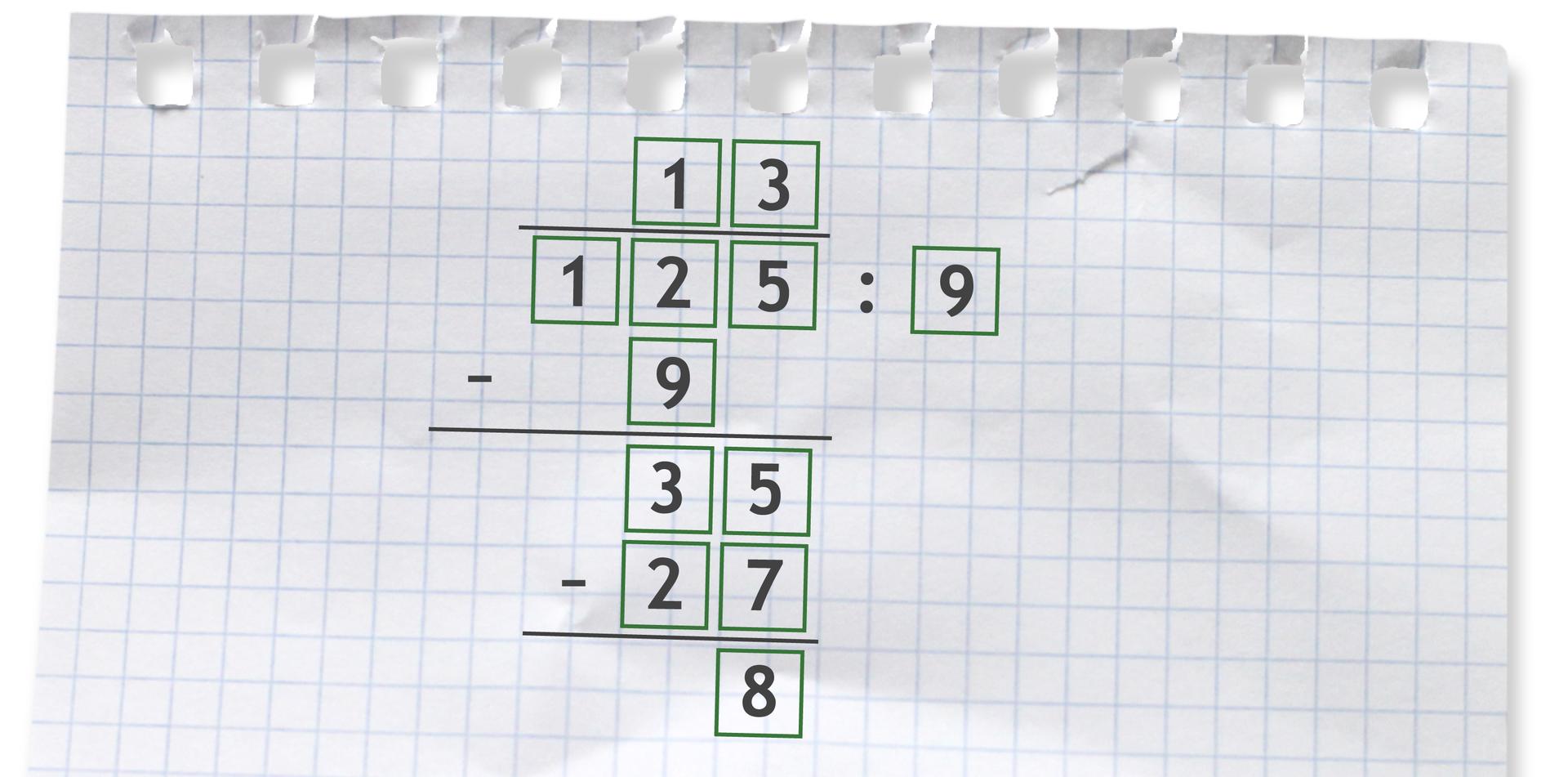 Przykład zapisany sposobem pisemnym: 125 dzielone przez 9 =13 r8.