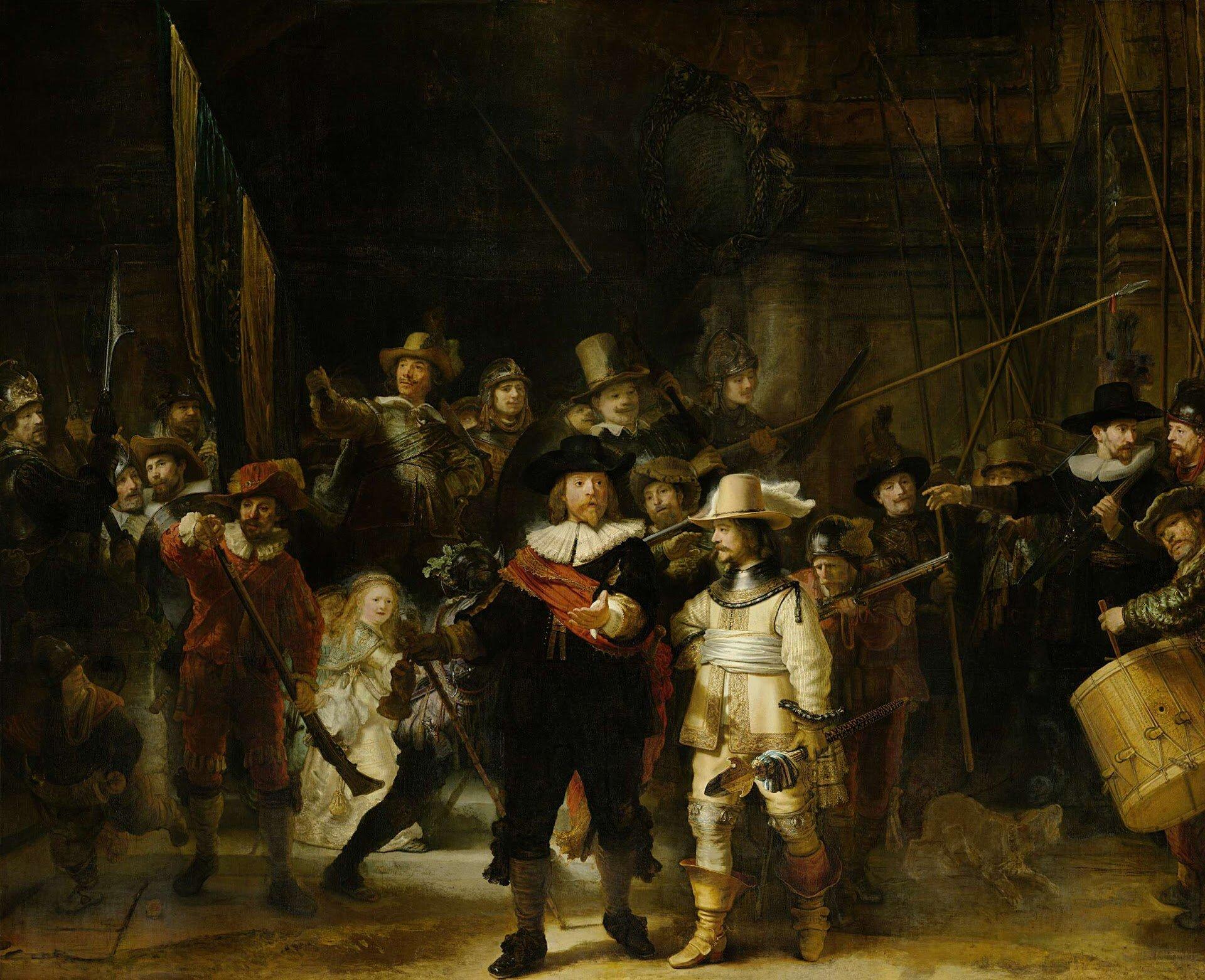 """Ilustracja przedstawia obraz """"Wymarsz strzelców"""" autorstwa Rembrandta van Rijna. Dynamiczna, wielopostaciowa kompozycja ukazuje kompanię straży obywatelskiej zAmsterdamu. Artysta za pomocą światła po kolei opisuje postacie, wydobywając je zmroku obrazu. Na pierwszym planie znajduje się najlepiej oświetlona para kroczących mężczyzn. Wysoka postać po lewej ubrana jest na czarno to kapitan Frans Baningh Cocqa. Na głowie ma czarny kapelusz, pod szyją znajduje się biała kryza. Tułów przepasany jest czerwoną, szeroką szarfą. Mężczyzna ma brodę iblond, długie włosy. Wyciągnięta do przodu lewa dłoń iwyraz twarzy sugerują, że oczymś opowiada. Obok, po prawej stronie idzie niższy, ciemnowłosy mężczyzna wjasno-beżowym stroju. Kaftan ma przepasany wpasie białą szarfą, na głowie duży jasny kapelusz zbiałym piórem ana nogach żółte buty zwysokimi cholewkami. Postać wlewej ręce trzyma halabardę. Na dalszym planie wlekkim mroku ukazani są mężczyźni wdynamicznych pozach zróżnego rodzaju bronią wręku. Większość znich ubrana jest wtypowe dla epoki baroku stroje: krótkie, zapinane kaftany, bufiaste spodnie za kolana, kapelusze ikryzy pod szyją. Pośród nich znajduje się kilku żołnierzy whełmach. Dla podkreślenia dynamizmu sceny artysta namalował również dodatkowe postacie: kobietę, dzieci, karła, psa. Najbardziej widoczną znich jest jasno oświetlona dziewczynka wbiałej sukni, przypominająca zmarłą żonę malarza, Saskię. Dzieło utrzymane jest wwąskiej, ciemnej tonacji zdominacją ciepłych beży iugrów. Obraz zamyka się wtypowej dla baroku złotej kompozycji, która ma na celu skupienie uwagi odbiorcy na środku obrazu."""