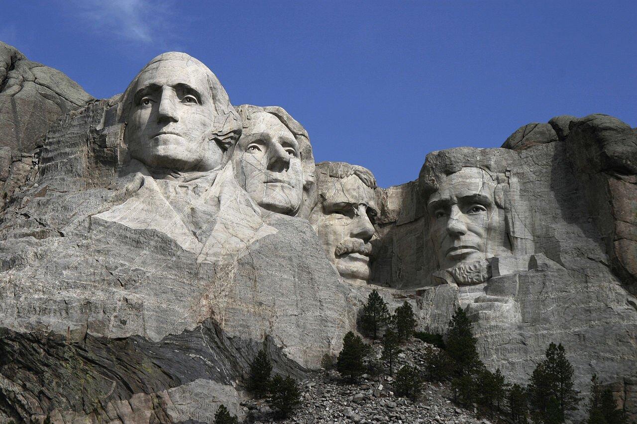 Pomnik prezydentów USA Pomnik prezydentów USA Źródło: Dean Franklin, Mount Rushmore, licencja: CC BY-SA 2.0.