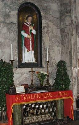 Ołtarz zrelikwiami św. Walentego