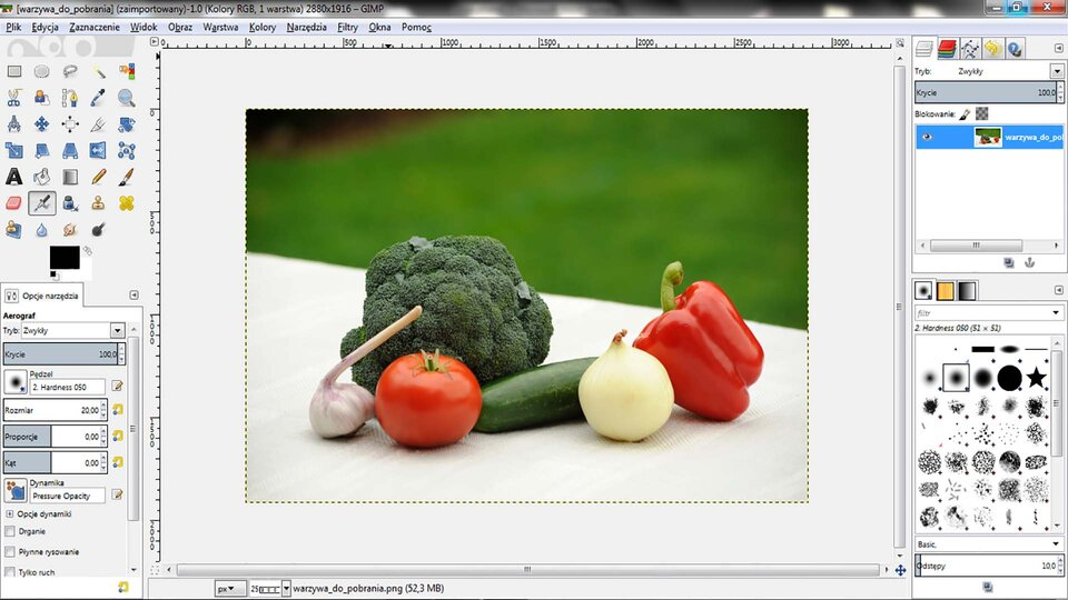 Animacja: Dodanie napisów oraz linii łączących nazwę zodpowiednim warzywem wprogramie GIMP