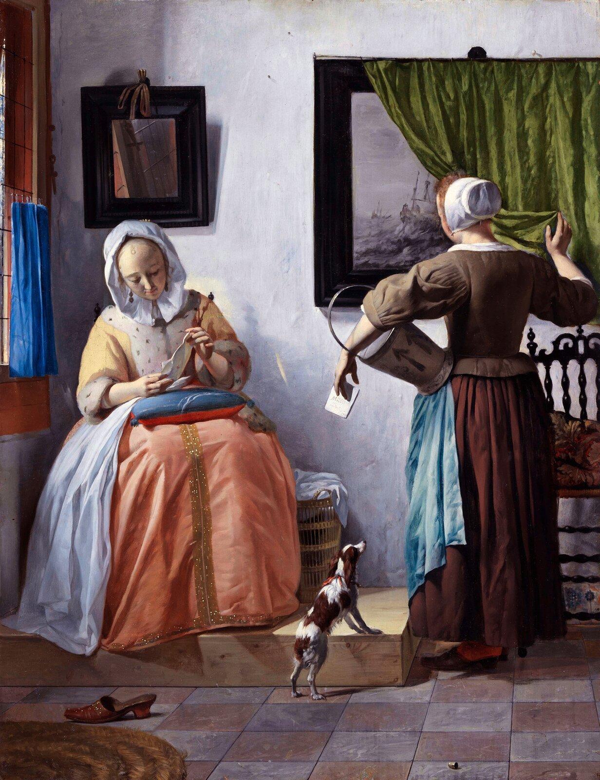 """Ilustracja przedstawia obraz """"Kobieta czytająca list"""" autorstwa Gabriela Metsu. Dzieło ukazuje scenę rodzajową zdwoma kobietami we wnętrzu pokoju. Siedząca po lewej stronie, na drewnianym podeście, czytająca postać ubrana jest wsuknię zżółtym, wykończonym futerkiem kaftanem ipomarańczową spódnicą. Na głowie ma zawinięty aż podszyję, biały czepek. Kobieta pochyla się nad trzymanym wrękach listem, który kieruje wstronę światła. Nad czytającą wisi niewielkich rozmiarów lustro, wktórym odbija się fragment okna, natomiast przed nią, na podłodze znajduje się czerwony trzewik. Po prawej stronie znajduje się postać stojącej tyłem służącej. Kobieta ubrana jest wbrązową spódnicę zniebieskim fartuchem ibrązowy, bufiasty kaftan zbiałym kołnierzykiem. Na głowie ma mały, biały czepek. Postać, pod lewą ręką trzyma blaszane wiadro. Prawą ręką odsłania zieloną kotarę, pod którą znajduje się wiszący na białej ścianie obraz wgrubej, ciemnej ramie znamalowanym okrętem na wzburzonym morzu. Obok kobiety stoi drewniane, ozdobne krzesło. Pomiędzy postaciami, oparty opodest stoi mały, biały piesek wbrązowe łaty, spoglądający zciekawością wkierunku służącej. Dzieło wykonane jest wtechnice olejnej."""
