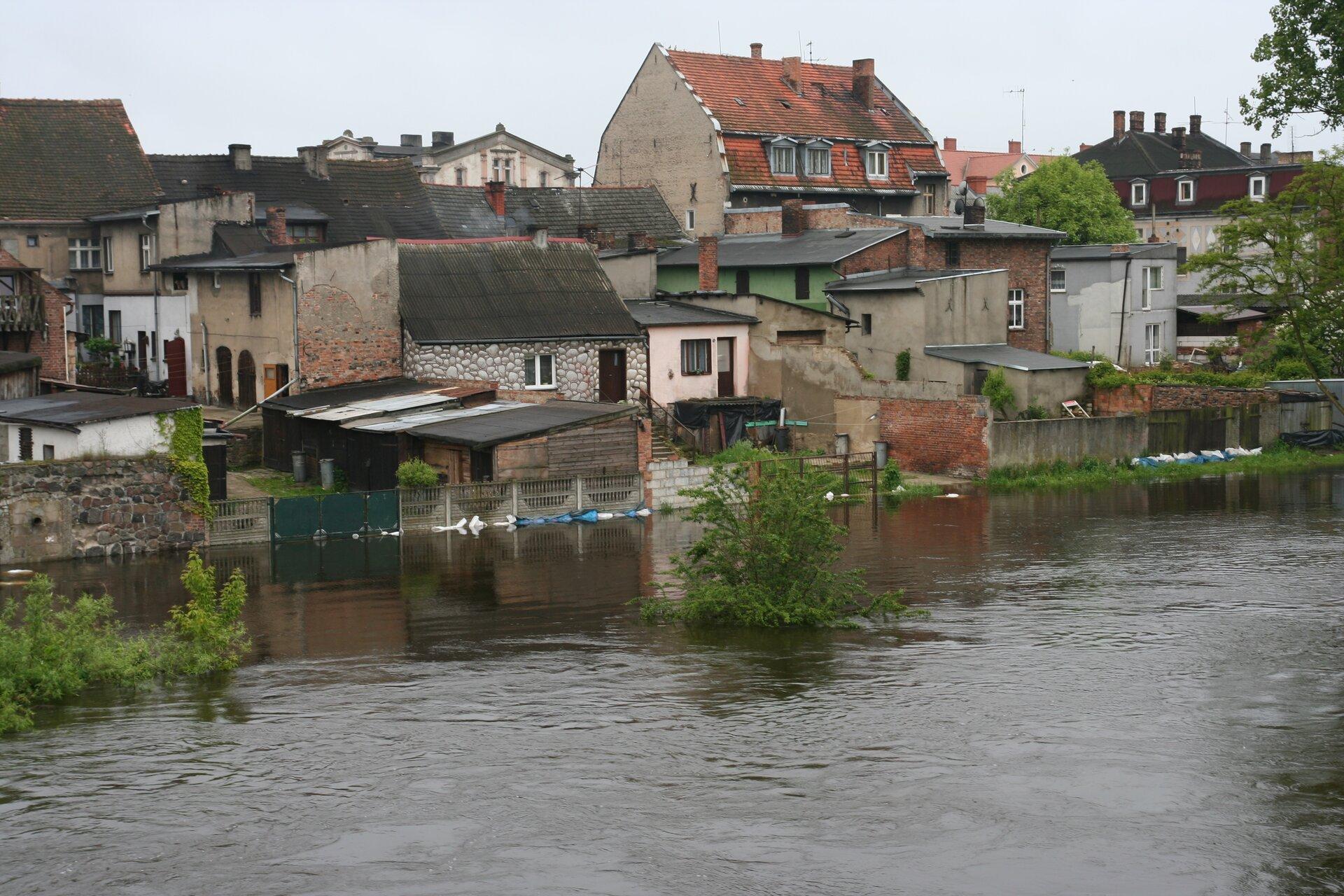 Miasto zalane przez powódź
