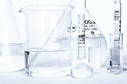 Jakie stopnie utlenienia może przyjmować chrom wzwiązkach chemicznych?