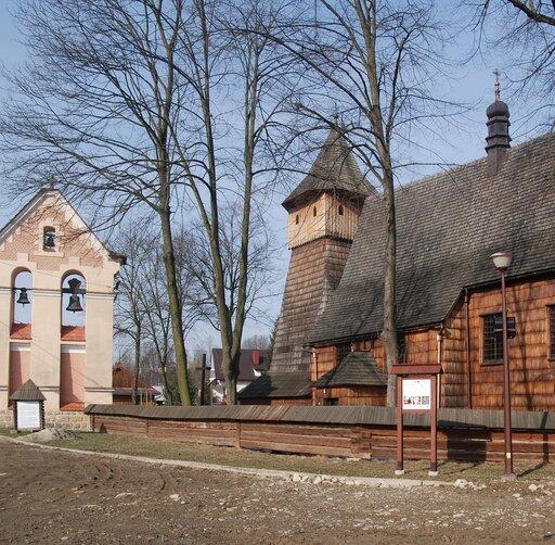 Nawiązania do kultury średniowiecza wwierszu Mirona Białoszewskiego <em>Stara pieśń na Binnarową<em></em></em>
